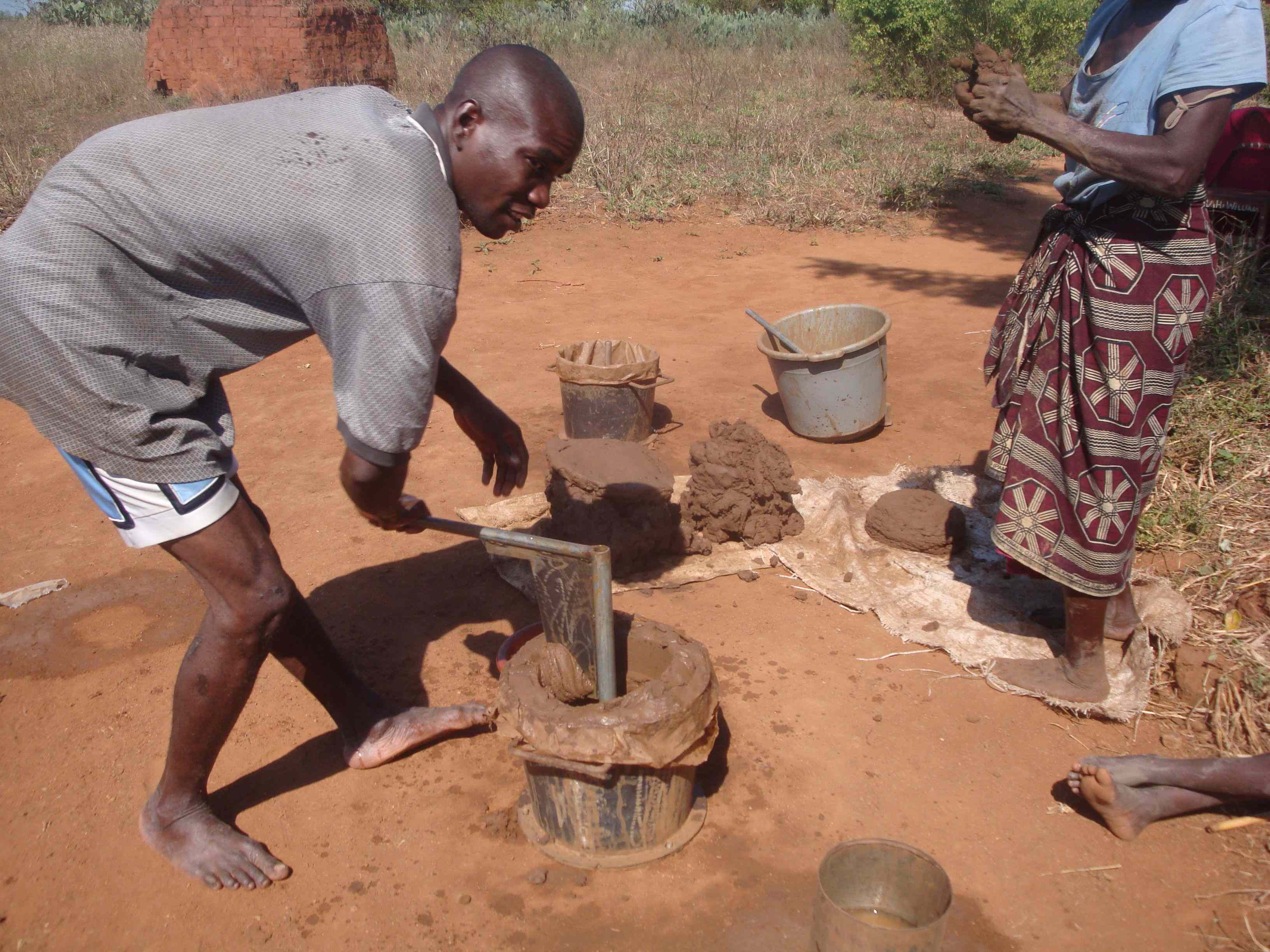 Using a simple mould, villagers can make about 10 fuel efficient stoves a day. They can then sell these for about $1 each.